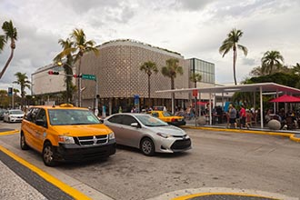 Lincoln Road Mall, South Beach, Miami, Florida, USA