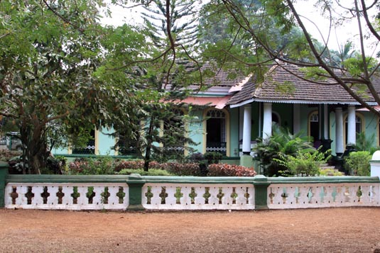 This is the type of architecture that happened when the for Architecture design for home in goa