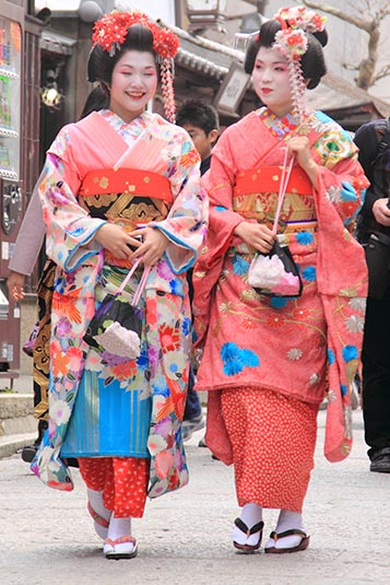 Where To Meet Single Girls In Kyoto Japan