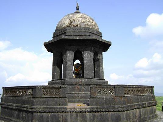 shivaji maharaj samadhi